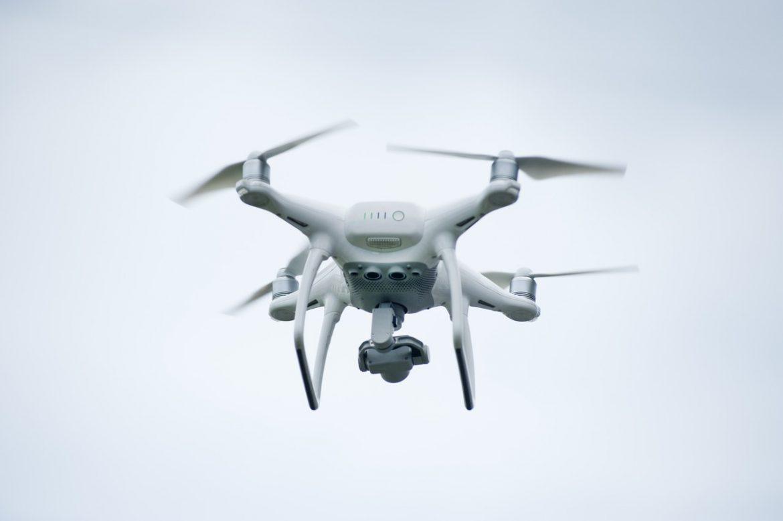Drohnen liefern Essen aus Shanghaier Restaurants in die Vorstadt